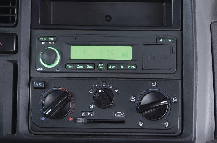 hệ thống giải trí radio usb thẻ nhớ